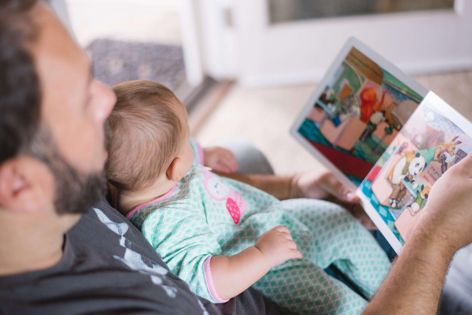 Читаем сказки детям