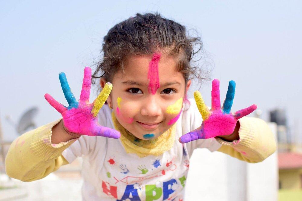 Разноцветный ребенок